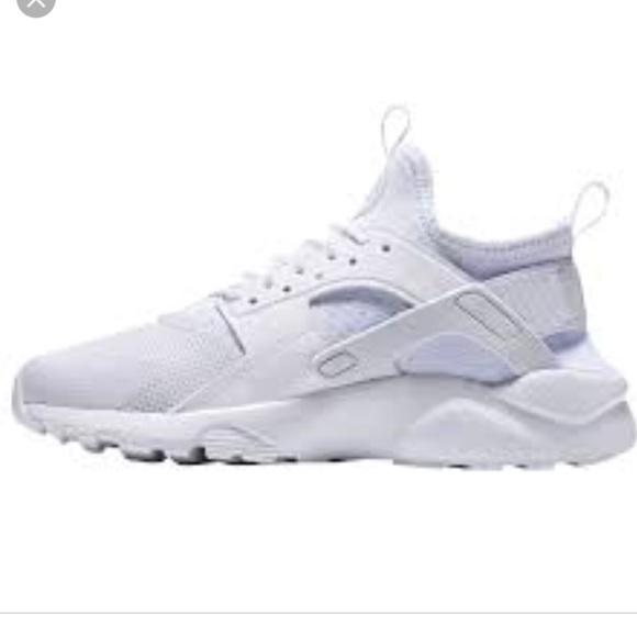 Nike Air Huarache Boy's Ultra Running Shoes Sz 5